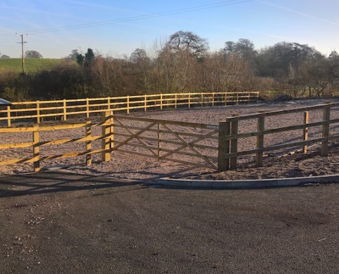Stockdale Fencing | Wooden Fencing | Gate