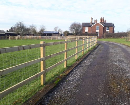 Stockdale Fencing | Wire and Wooden Fencing | Fences