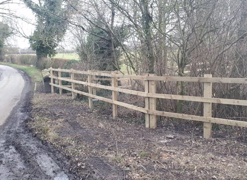 Stockdale Fencing   Newt Fencing   Wooden Fence