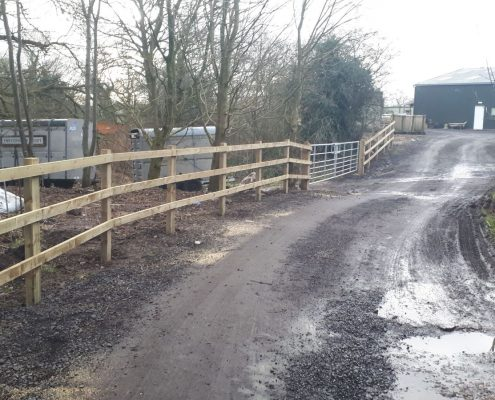 Stockdale Fencing | Newt Fencing | Wooden Fence and Gate