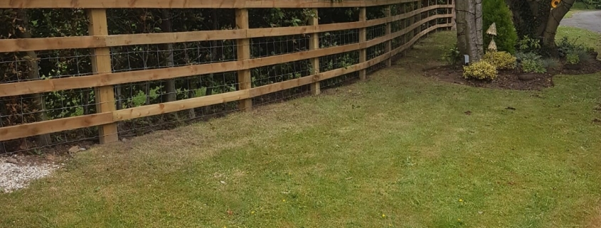 Stockdale Fencing   Post and Rail Fencing   fence and hedge