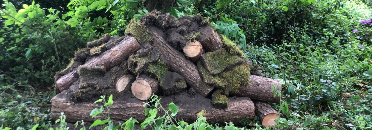 Stockdale Fencing | Post and Rail Fencing | Cut logs